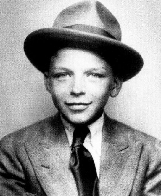 78e2a4f3926ab Frank Sinatra as a young boy